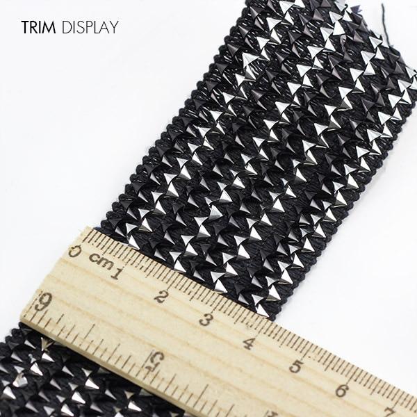 how to attach applique to stretch fabric
